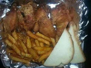 Chicken Wings & Fries